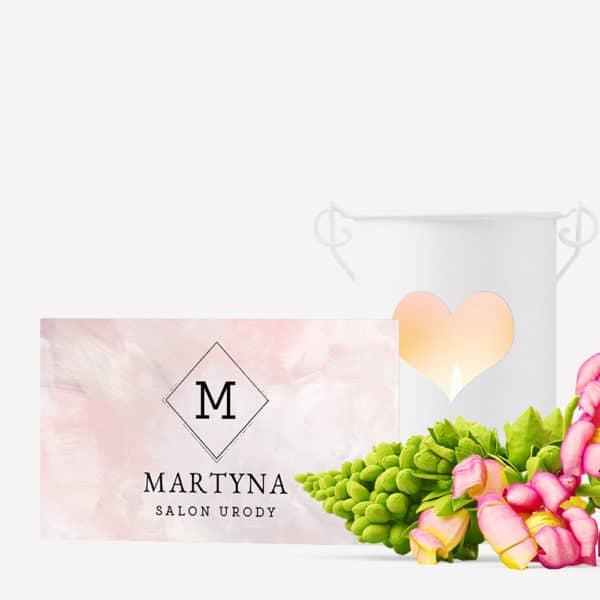 jasno różowa wizytówka do salonu urody