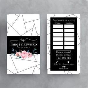 czarno-biały terminarzy z różowymi kwiatami