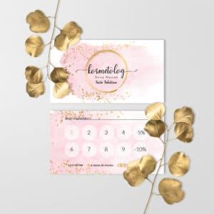 karty rabatowe dla kosmetyczek z różową plamą