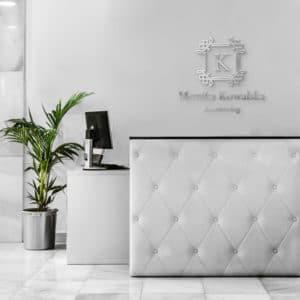logo 3d na ścianę dla stylistki paznokci