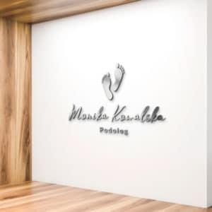 logo plexi na ścianę dla podologa