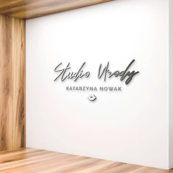 logotyp plexi na ścianę do studia urody
